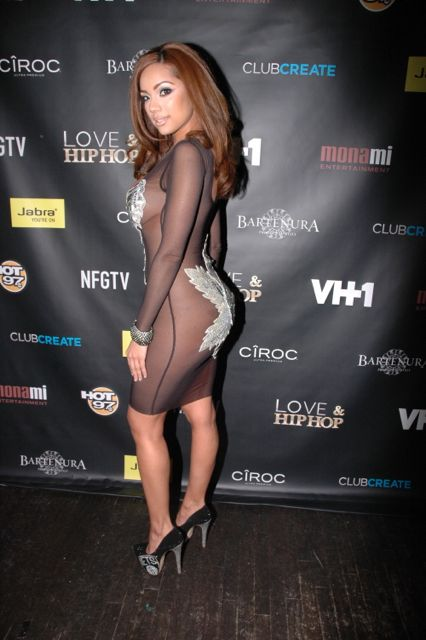 Love And Hip Hop Booty Pics Love & hiphop cast shows out