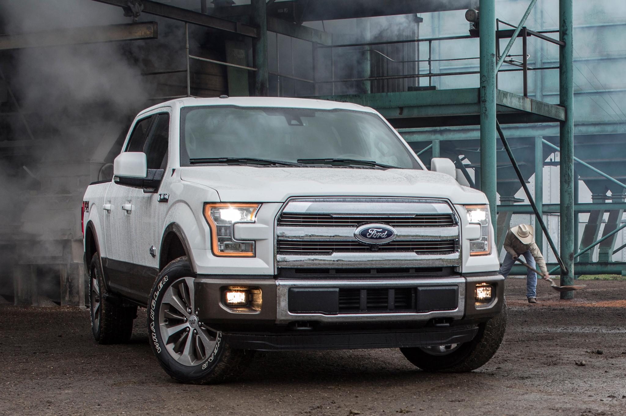 Ford F150 King Ranch >> Ford Redefines the Future of Trucks with New 2015 F-150